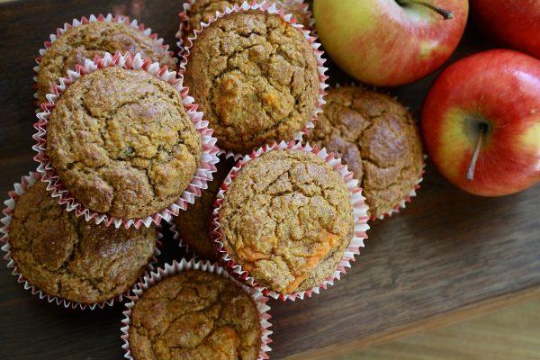 MUFFIN <br>Mini Apple <br> & cinnamon muffin <br> Nut free <br>MELBOURNE 3