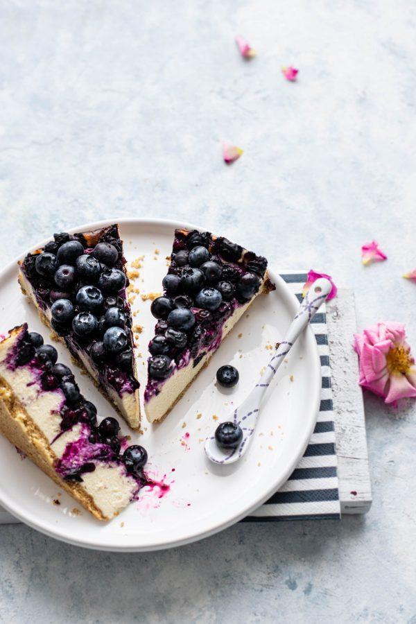 CHEESECAKE <br> Blackberry cheesecake <br> MELBOURNE 3